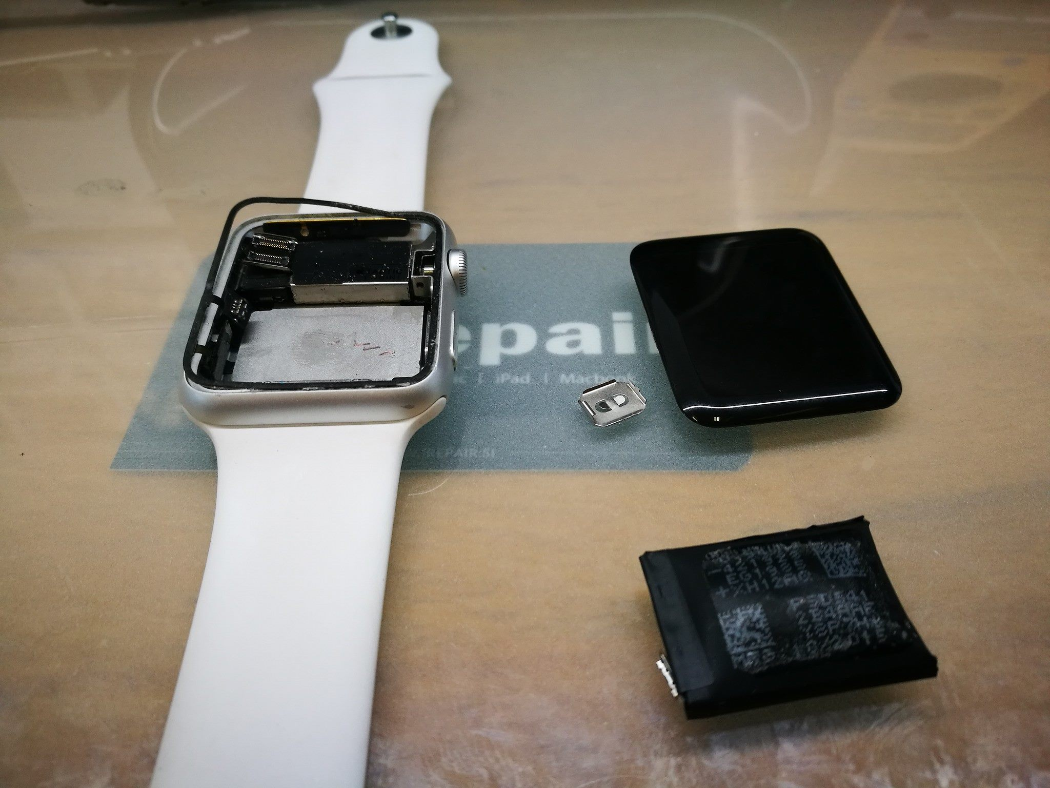 Popravilo Apple Watch